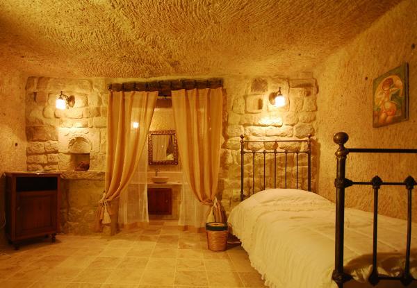 Cave1a